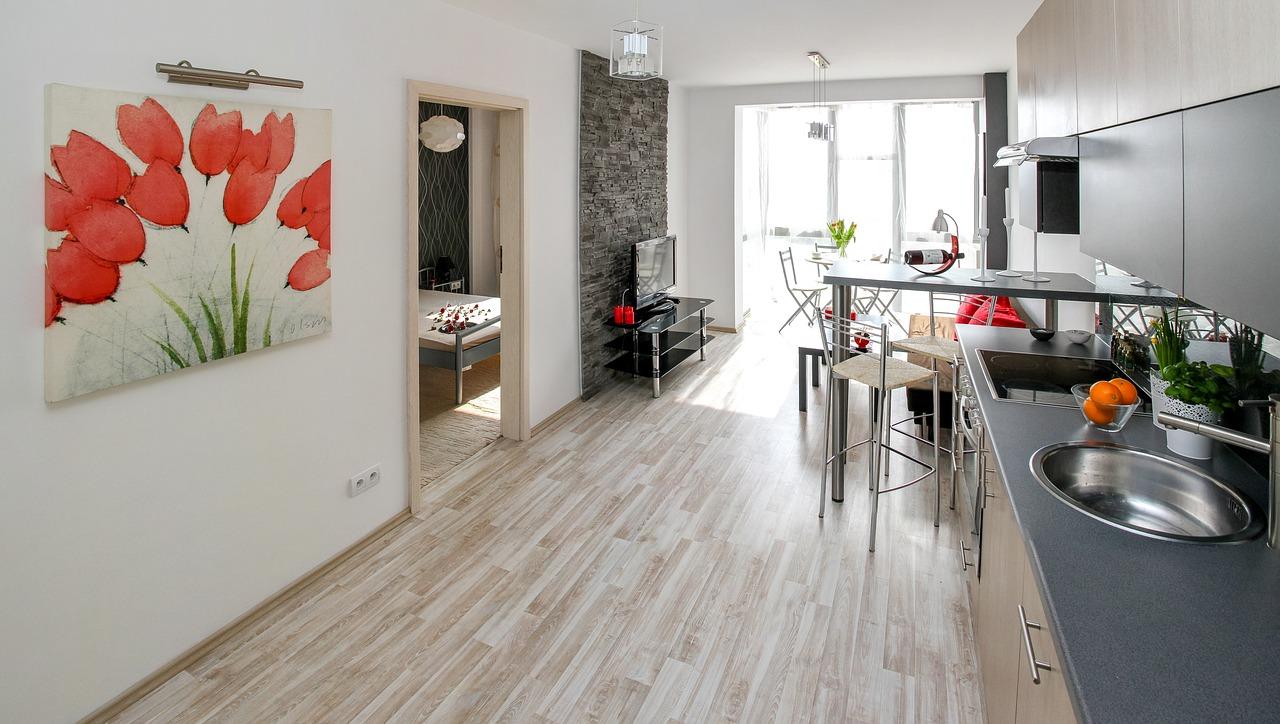 apartment-2094666_1280.jpg